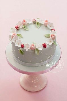 Sweet spring cake with rosebuds, apple blossoms and sugar strawberries. The rosebud technique was learned from Cotton & Crumbs! This cake to be taught in my upcoming class, The Complete Fondant Cake. Gorgeous Cakes, Pretty Cakes, Cute Cakes, Amazing Cakes, Fancy Cakes, Mini Cakes, Fondant Cakes, Cupcake Cakes, Fondant Cake Decorations