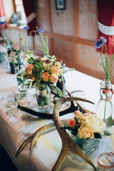 Almhochzeit Österreich  Wenn glamouröse Alpenromantik das Hochzeitsmotto ist  Hochzeitsplaner: Weddings by Silke  Rustic Mountain Wedding Austria