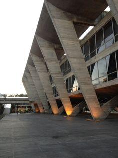 Museu de Arte Moderna (MAM)