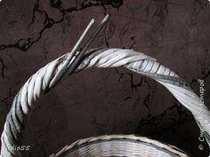 Мастер-класс Поделка изделие Плетение ручка для корзины Трубочки бумажные фото 22