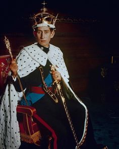 Prince Charles during his investiture as Prince of Wales in Caernarvon Castle 1969 King William, King Charles, The Heir, Isabel Ii, Duchess Of Cornwall, Crown Princess Victoria, Royal House, British Monarchy, Prince Of Wales