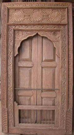 Puertas antiguas rusticas puertas de entrada for Puertas de madera para exterior antiguas