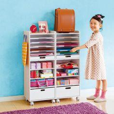 自分できちんと準備ができるように習慣を身に付ける、大人気の整理ラック。本棚や・キッズ用収納庫・教科書ラック・ランドセルラックとして重宝します。