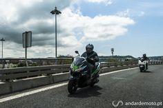 Kawasaky J300 e Honda Forza 300