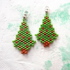 Beaded Christmas Tree Pendant Peyote Stitch Handmade by BeadCrumbs