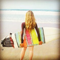 Post Surf and Chic!! La mejor selección de neoprenos y los beneficios de la práctica del surf en mueveteconestilo.es #moda #deporte #surf