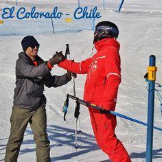 A primeira aula de esqui a gente nunca esquece   #chile #americadosul #sudamerica #viagem #viajar #ferias #vacaciones #trip #travel #inverno #santiago #neve #nieve #snow #elcolorado #ski