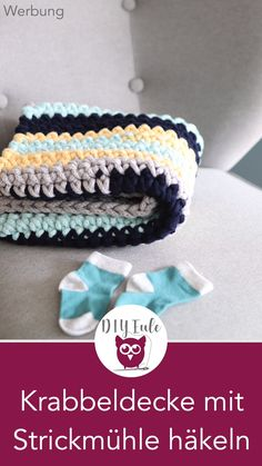 Crochet Baby Blanket with Knitting Mill- [Werbung] With the Comfort Twist knit . Crochet Baby Blanket with Knitting Mill- [Werbung] With the Comfort Twist knitting mill from prym Knitting Projects, Crochet Projects, Knitting Patterns, Knitted Bags, Knitted Blankets, Stitch Crochet, Manta Crochet, Learn How To Knit, Chunky Yarn