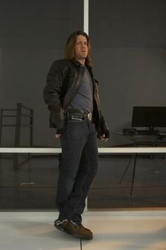 #Leverage Promo still of #ChristianKane as #EliotSpencer .. I have no credit for pix .. found on internet   fanpop.com share