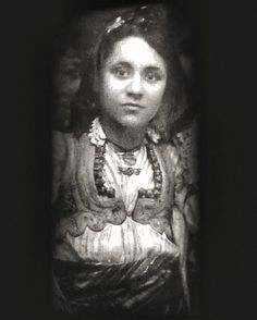 We have always known Mother Teresa as an old wrinkled woman. This is a pic of a beautiful 18 year old Mother Teresa.