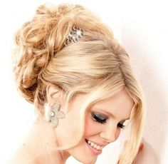 2014 Wedding Dresses and Trends: Hairstyles for Weddings   Wedding Hair styles   Bride Hairstyles and hair Accessories