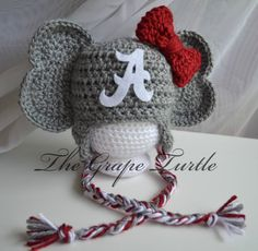 Crochet Alabama Crimson Tide Baby Newborn hat. @valslowe when I have one you are so gonna make this for me!! Too stinking cute!!