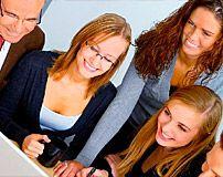 La puesta en marcha de una web gratuita que permite acceder a la emisión en directo de la actividad universitaria a través del móvi