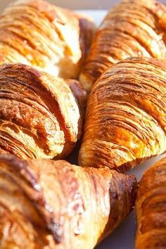 Where to find the best croissants in Paris:  http://online.wsj.com/news/articles/SB10001424052702304756104579453282749757044?mod=WSJ_EUROPE_LnS_LEFTTopStories&mg=reno64-wsj&url=http://online.wsj.com/article/SB10001424052702304756104579453282749757044.html%3Fmod%3DWSJ_EUROPE_LnS_LEFTTopStories