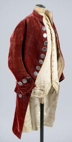"""Formal coat, c. 1780. Changeable carmin coloured silk velvet """"grain de riz""""."""