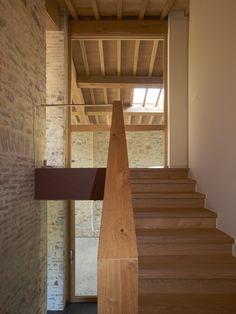 Galeria de Recuperação de dois celeiros / Studio Contini - 3