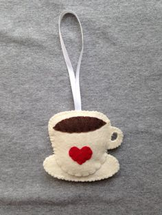 Coffee Cup Christmas Ornament with Red Heart TuscanyCreative Ornament Crafts, Handmade Ornaments, Handmade Christmas, Holiday Crafts, Beaded Ornaments, Decoracion Navidad Diy, Unicorn Christmas, Felt Patterns, Felt Ornaments Patterns