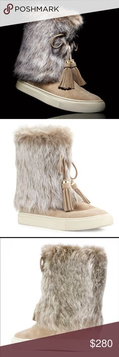 Sz 6 NIB Tory Burch Beige Suede & Rabbit Fur Boots Brand new in box with original dust bag to keep these babies safe! Tory Burch Shoes Ankle Boots & Booties