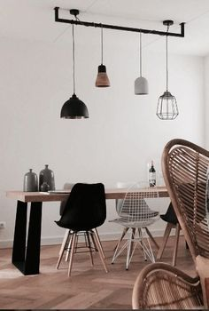 7 Gorgeous living room ideas for Spring (Daily Dream Decor) Dining Room Lighting, Bar Lighting, Interior Styling, Interior Design, Home And Deco, Dream Decor, Dining Room Design, Room Interior, Home And Living