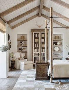 beautiful rustic bedroom Beautiful ceiling!