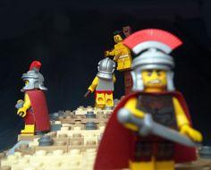 ~ Lego Mocs Holidays ~ Calvary - LEGO Historic Themes - Eurobricks Forums - New Ideas Lego Minion, Lego Minecraft, Lego Bible, Lego Marvel Superheroes 2, Lego Calendar, Lego Table With Storage, Free Lego, Lego People, Lego Minifigs