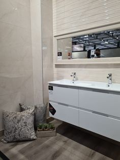 #tiles #interiordesign #design #homedecor #tile #interior #bathroom #bathroomdesign #floortiles #walltiles #tiledesign #flooring #home #interiors #renovation #ceramics #ceramic #tilestyle #tiletrends #mosaic #homedesign #ceramictiles #porcelain Style Tile, Tile Design, Wall Tiles, Double Vanity, Mosaic, Porcelain, House Design, Interiors, Trends