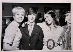 Carrie Fisher Young, Todd Fisher, Carrie Frances Fisher, Debbie Reynolds Carrie Fisher, Princesa Leia, Space Princess, Mark Hamill, Celebrity Kids, Beautiful Person