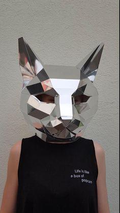 Low Poly Mask, Mascaras Halloween, Mascara 3d, Friend Crafts, Polygon Art, Dog Mask, Cool Paper Crafts, Industrial Design Sketch, Paper Mask