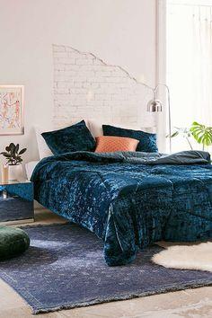 Urban Outfitters Skye Crushed Velvet Comforter