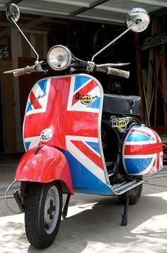 1962+uk-♪ Piaggio Vespa, Vespa Lambretta, Vespa Motor Scooters, Braking Bad, Fred Perry Polo Shirts, Fishtail Parka, London Christmas, Roman Holiday, Union Jack