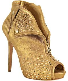 48ae4fe30a2a Alexander McQueen : gold leather studded zip front platform booties :  Booties Outfit, Skor,