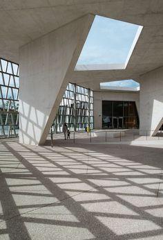 Grüntuch Ernst - German school Madrid #4 German School (2015) in Madrid, Spain, by Grüntuch-Ernst Architects, photographed by Ximo Michavila.