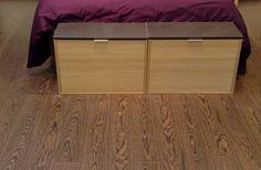 Detalle del suelo laminado Faus del dormitorio.