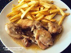 Pollo en salsa guisado en olla rápida