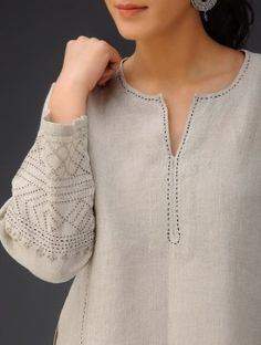 Stitch detail on linen kurta Neck Designs For Suits, Sleeves Designs For Dresses, Dress Neck Designs, Blouse Designs, Kurti Embroidery Design, Embroidery Neck Designs, Hand Embroidery Dress, Kurti Sleeves Design, Kurta Neck Design