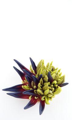 Yucca flower - Fleur de Yucca, Céline Charuau, polymer clay.