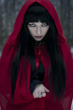 Little Red Riding Hood Little Red Ridding Hood, Red Riding Hood, Dark Beauty, Gothic Beauty, Dark Fashion, Gothic Fashion, Fantasy Photography, Night Photography, Red Hood