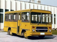 Ikarus 553 '1974–81 Bus Coach, Busses, Old Trucks, Cars And Motorcycles, Automobile, Coaches, World, Airplanes, Vehicles