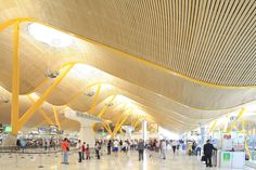 Spain, Madrid, Barajas Airport designed by Richard Rogers ©Ludovic MAISANT
