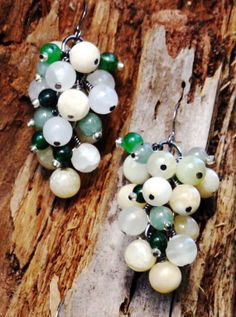 Dangle earrings green and white agate natural and eco-friendly 1 1/2