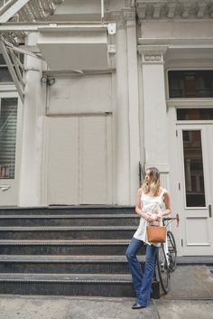 Schlaghose_Nobi Talai_Top_The-Limits-of-Control-Fashion-Fashionblogger-Blogger-Berlin-Deutschland-Modeblog-Modeblogger
