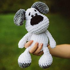 PDF GERMAN crochet pattern dog Elvis Amigurumi by leami - WATCH OUT! It is only a PDF manual in German and not the finished product! The instructions for the - Amigurumi Patterns, Amigurumi Doll, Knitting Patterns, Crochet Patterns, Stuffed Toys Patterns, Crochet Animals, Crochet Dolls, Handmade Toys, Single Crochet