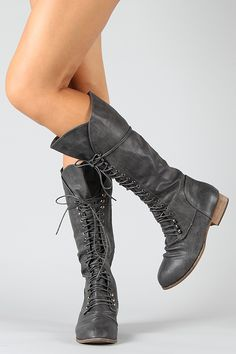 It seems like every winter season I get obsessed with a new style of boot that has to be a part of my ever growing collection. This year is no different! Military lacer boots are my favorite right now! So comfy and easy to wear with almost anything I'm practically living in them!