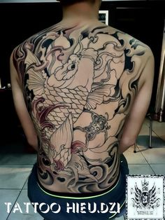 Cá chép (loading 68%) Asian Tattoos, Back Tattoos, Sleeve Tattoos, Tattoos For Guys, Kio Fish Tattoo, Carp Tattoo, Japan Tattoo Design, Koi Tattoo Design, Japanese Back Tattoo