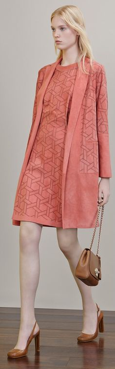 Mulberry Resort 2015 bitchin print and those shoes are truly amazing