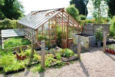 Szklarnia ogrodowa. Fot. K. Bellingham