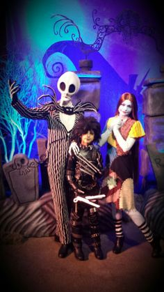 Ethan dressed as Edward Scissorhands this year for Halloween 2015 at Mickey's Not So Scary Halloween Party.