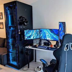 Build a better desktop. We inspire you to create your very own computer setup, workstation and battlestation. Computer Gaming Room, Computer Desk Setup, Gaming Room Setup, Best Gaming Setup, Gaming Pcs, Gaming Rooms, Gaming Chair, Bedroom Setup, Video Game Rooms