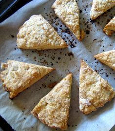 Pear & Ginger Vegan Scone | Everybody Likes Sandwiches
