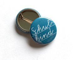 Schultüten - Button Schulkind blau Tafellook 2x - ein Designerstück von millimi bei DaWanda